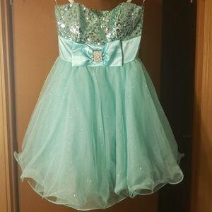Prom dress/graduation dress